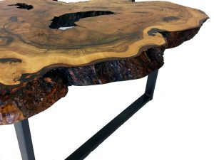 Live Edge Is A Style Of Furniture Where The Designer Or Craftsman  Incorporates The Natural Edge Of The Wood Into The Design Of The Piece.